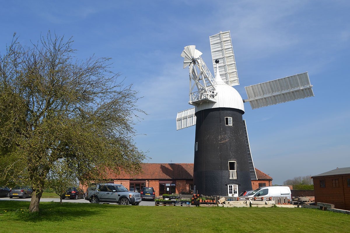 Operating Windmill In Tuxford
